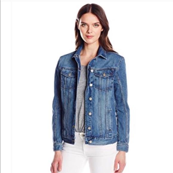 Calvin Klein Jeans Jackets   Blazers - Calvin Klein oversized denim jean  jacket c5337402c1